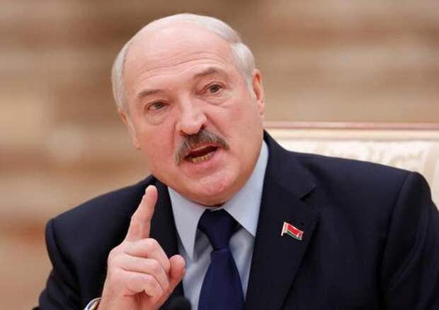 Лукашенко опроверг слухи о своей тайной вакцинации от коронавируса