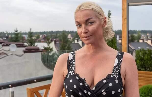 """Какое безумие: Волочкова создала """"таджикское гнездо"""""""