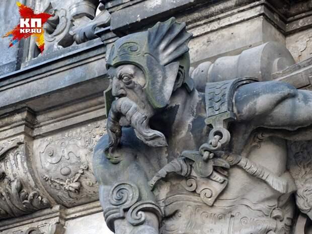 Вот так грозно выглядели предки немцев (скульптура в Дрездене). Фото: Дарья АСЛАМОВА