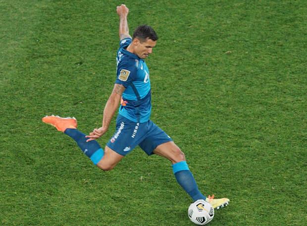 «Зенит» начал подготовку к матчу с «Арсеналом» без Ловрена и Мусаева