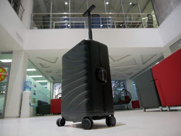Умный чемодан LEED Luggage Cowarobot