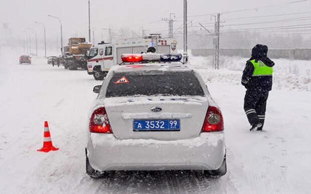 ГИБДД подсчитала аварии и пьяных за рулем в праздники