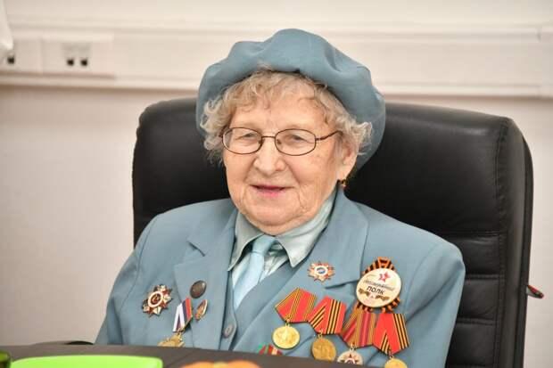 16 апреля ветерану Анне Панкратовой исполнилось 100 лет / Фото: Денис Афанасьев