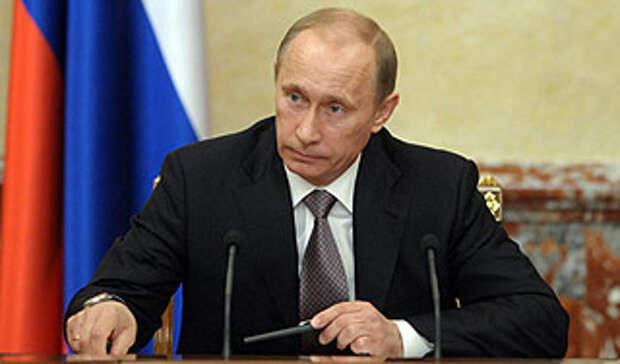 Путин должен уйти или Путин должен остаться?