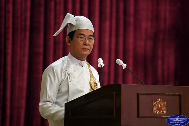 Военные Мьянмы захватили власть и задержали руководителей страны