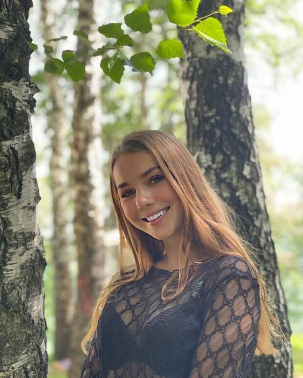 Красавица-фигуристка Нугуманова показала фото со сборов в Кисловодске