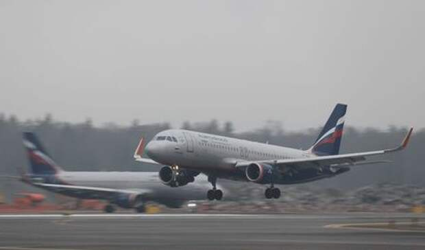 Aeroflot Airbus A320-200 plane lands at Sheremetyevo International Airport outside Moscow, Russia March 4, 2020. REUTERS/Maxim Shemetov