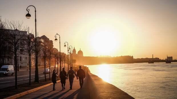 Синоптики пообещали петербуржцам до 24 градусов тепла 11 мая