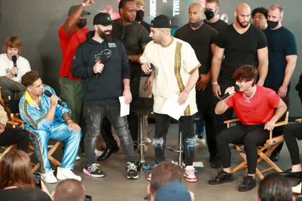 Bryce Hall Vs Austin McBroom TikTok Vs Youtube Fight Draws Huge Crowd Of Influencers With Over A Billion Followers To Miami