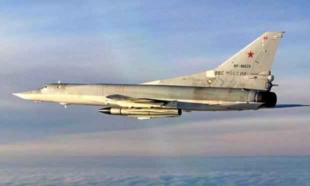 Запад выразил протест из-заполетов бомбардировщиков Ту-22М3 над Средиземным морем