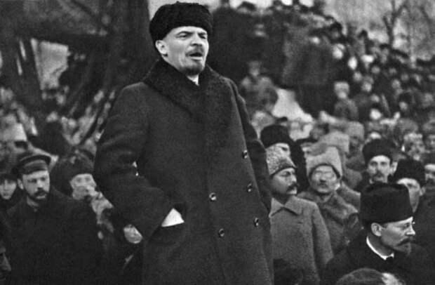 Зачем американские банки спасли большевиков во время Гражданской войны