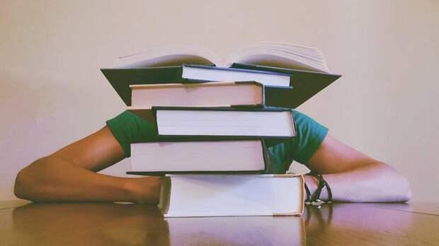 Более 223 тысяч книг подарят библиотеки жителям Москвы