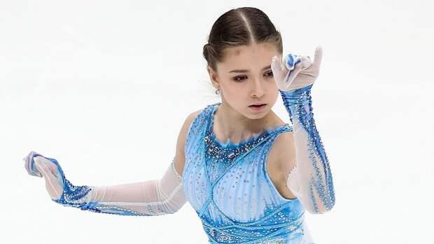 Валиева выиграла короткую программу у девушек на командном турнире в Москве