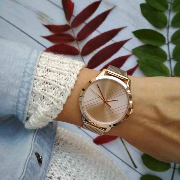 Модные часы для женщин 2021: 6 лучших моделей