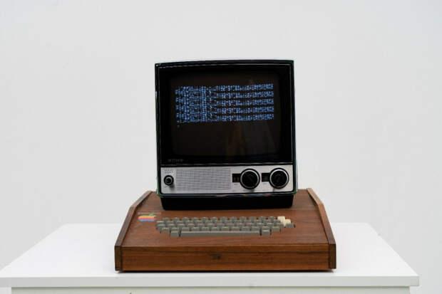 На Ebay выложили рабочий образец компьютера Apple 1 за 1,5 миллиона долларов