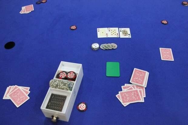 Полиция ликвидировала подпольные казино в Мытищах и Санкт-Петербурге