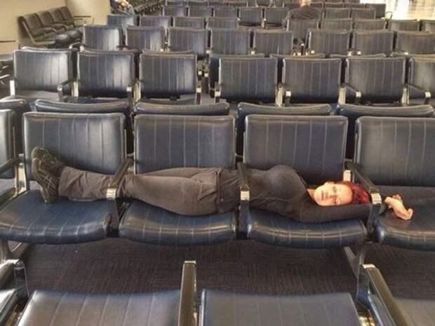 Приколы из аэропортов (15 фото)