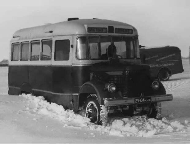 Полноприводный автобус ПАЗ на испытаниях