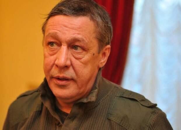Ефремов написал вдове Захарова письмо с извинениями