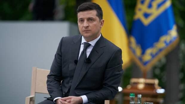 Зеленский вместе с послами G7 прибыл в Донбасс