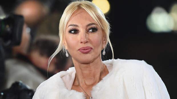 Кудрявцева пожаловалась, что муж перестал называть ее сексуальной