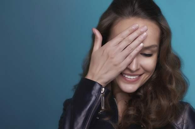 Сколько женщин чувствуют себя плохо, когда слышат комплименты