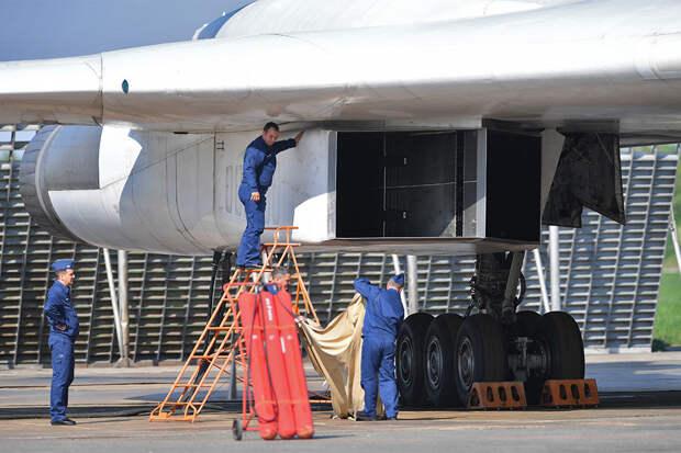 СМИ: США, Россия и КНР удивят мир новыми бомбардировщиками в 2021 году
