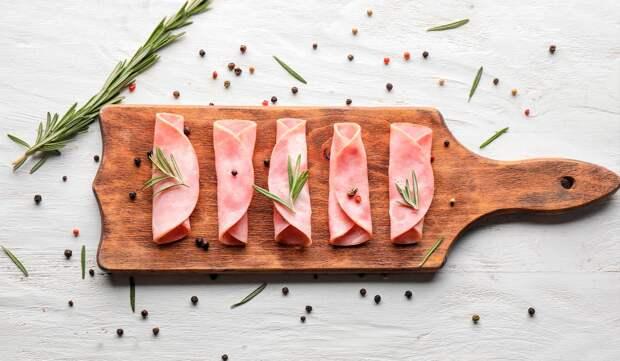 Можно ли есть колбасу? В чем ее польза и вред для организма?
