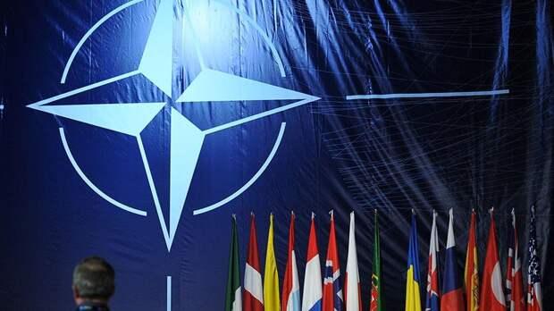 Евросоюз предрек блокировку вступления Украины в НАТО в случае автономии Донбасса