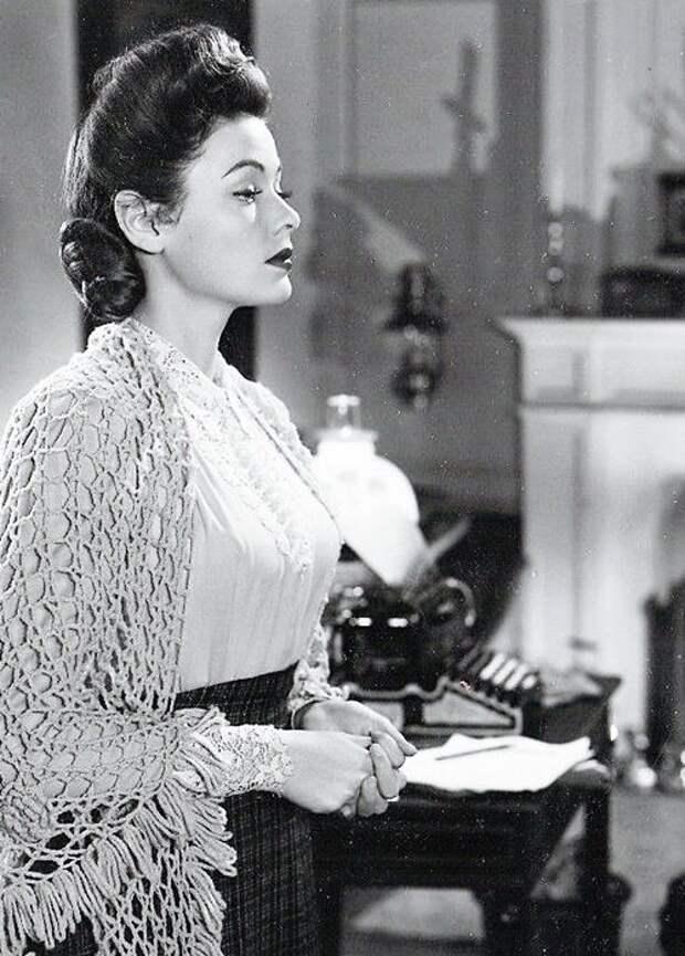 """Джин Тирни в фильме """"Призрак и миссис Мьюр"""". (1947)"""