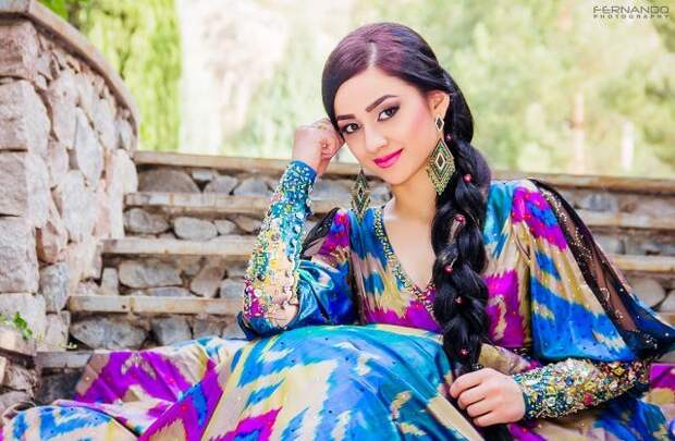 таджикская певица Нозия Кароматулло. Фото