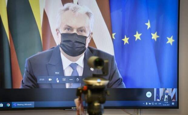 Главы Литвы иЛатвии договорились идалее противостоять Москве иМинску