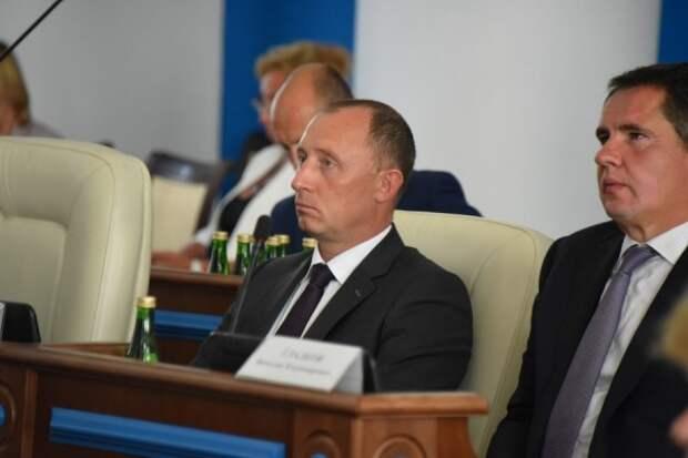Нелюбимых Овсянниковым и Развожаевым замов воссоединяют в Белгороде