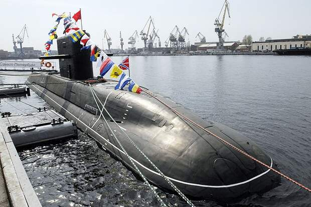 """""""Дыра в океане"""": Какую российскую подлодку в США считают самой опасной"""