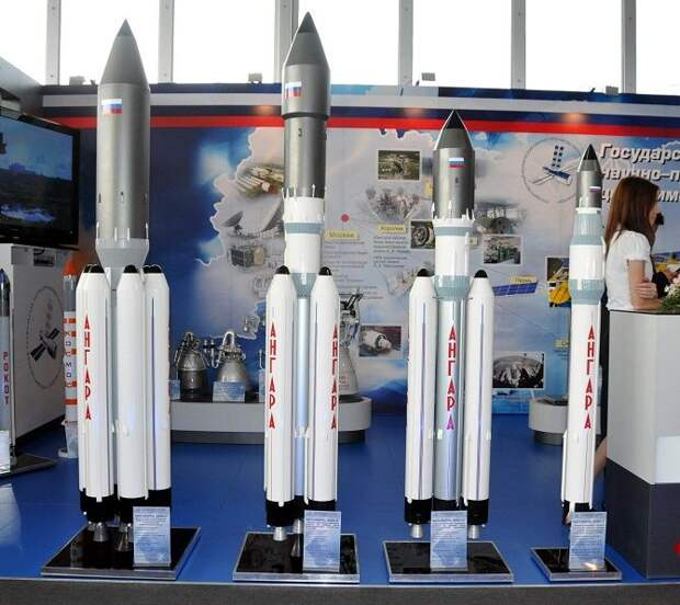 "Готовят к старту. Тяжелую ракету ""Ангара-А5"" доставили на космодром Плесецк"