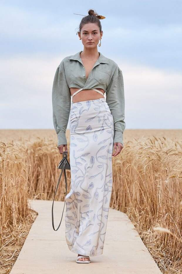 Топы на завязках: как носить и с чем сочетать модный тренд