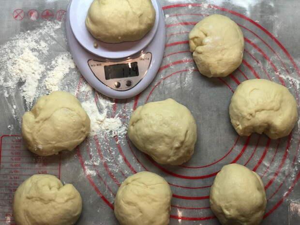 Московская плюшка (вкусные сахарные булочки) - съели, как только достали из духовки. Тесто, как пух!