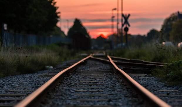 Женщина попала под грузовой поезд врайоне Карелии