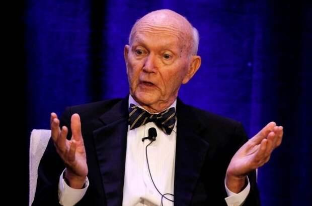 В США скончался участник первого полёта с высадкой на Луну Майкл Коллинз