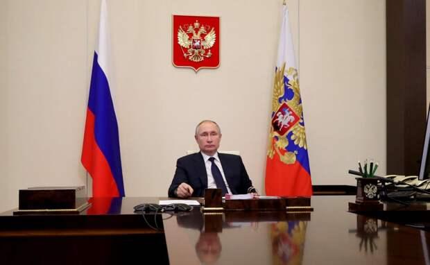 Выборы, внешняя политика и волонтерство: о чем Путин говорил с лидерами думских фракций