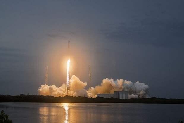 SpaceX запустит к МКС грузовой корабль Cargo Dragon