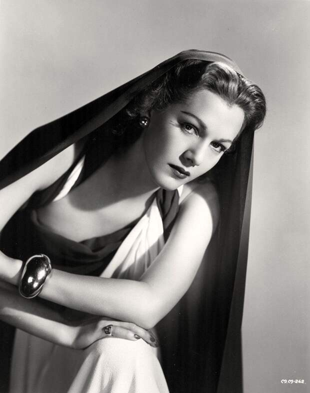 Красотка из 40-х Мария Монтес