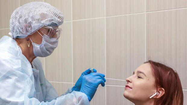 За последние сутки в России выявлено 8 465 новых случаев коронавируса