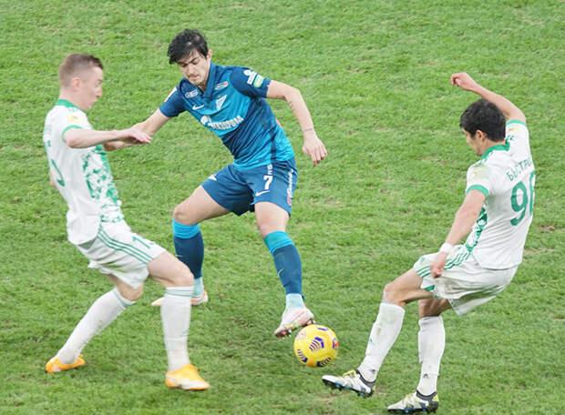 «Ахмат» начал подготовку к матчу с «Зенитом» без шести ключевых игроков