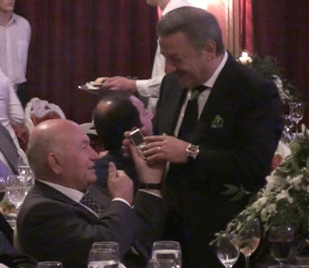 Где прячется от международного следствия хозяин Черкизона экс-миллиардер Тельман Исмаилов?