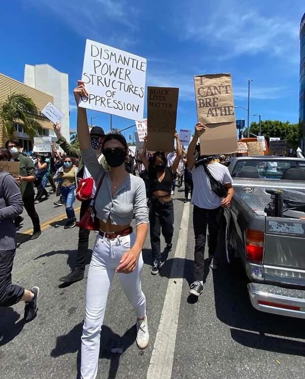 7 знаменитостей, которые вышли на митинги в США из-за убийства темнокожего