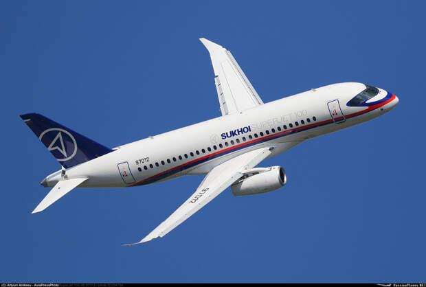 Для самолета SSJ-New разработают систему электроснабжения с цифровым управлением