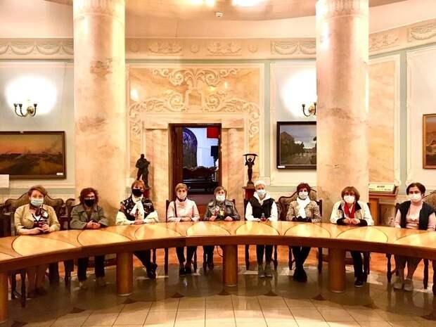 Активные пенсионеры из Савеловского посетили бункер Сталина