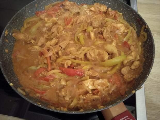 Кати ролл с курицей Вкусно, Курица, Индийская кухня, Сладкий перец, Лепешки, Длиннопост, Рецепт, Кулинария
