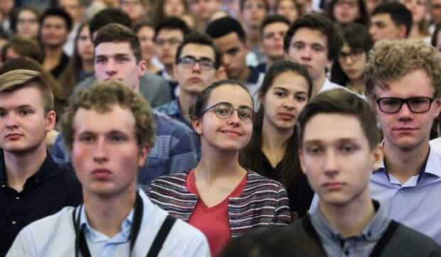 Володин поздравил студентов с Татьяниным днем
